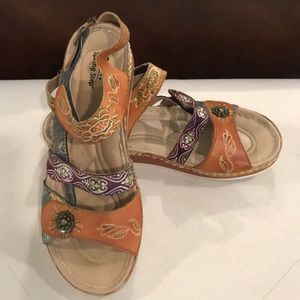 Leather (upper) sandals size 39